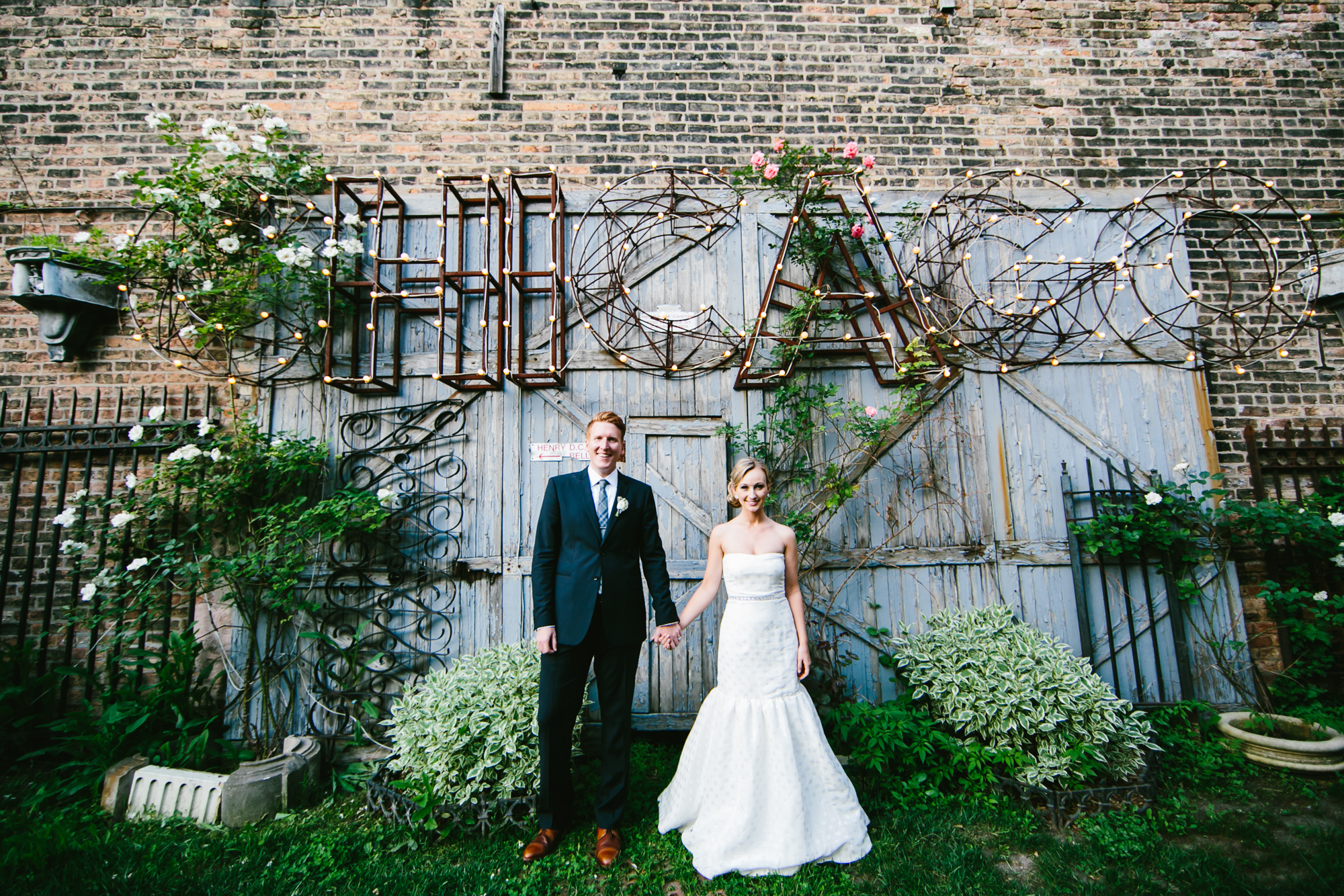 Bride-and-Groom-Outdoor-Chicago-Portrait