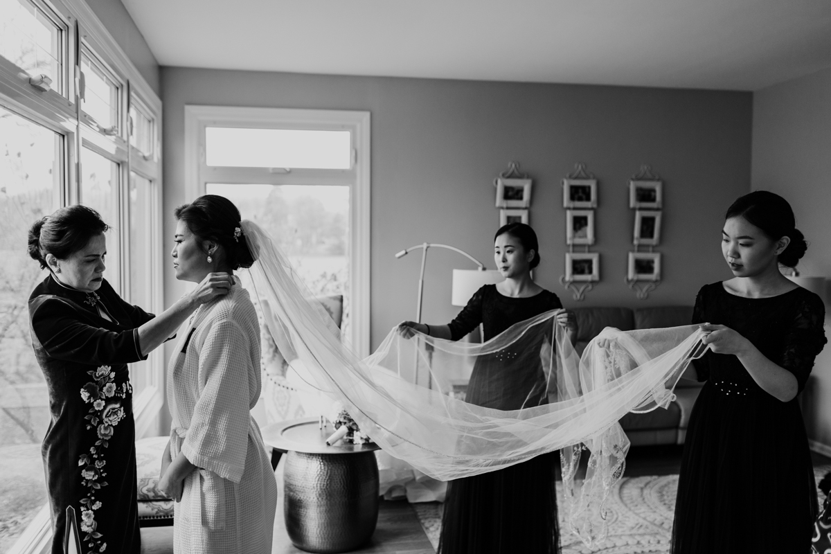 Bride-getting-ready-by-Emma-Mullins-Photography