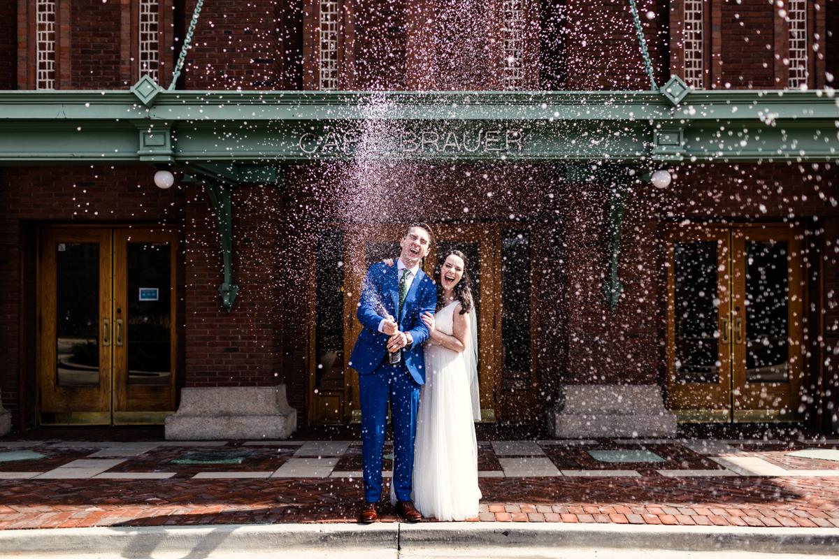 Cafe-Brauer-wedding-by-Emma-Mullins-Photography-2