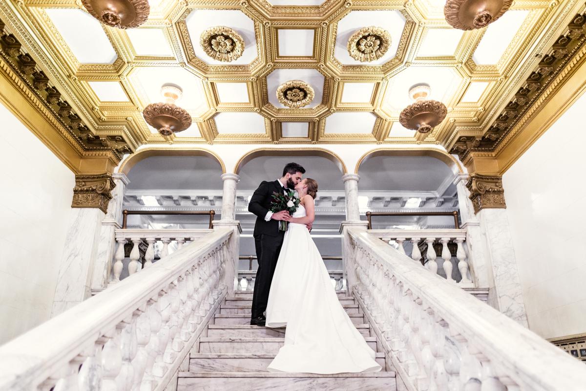 Chicago-Athletic-Association-wedding-by-Emma-Mullins-Photography-1