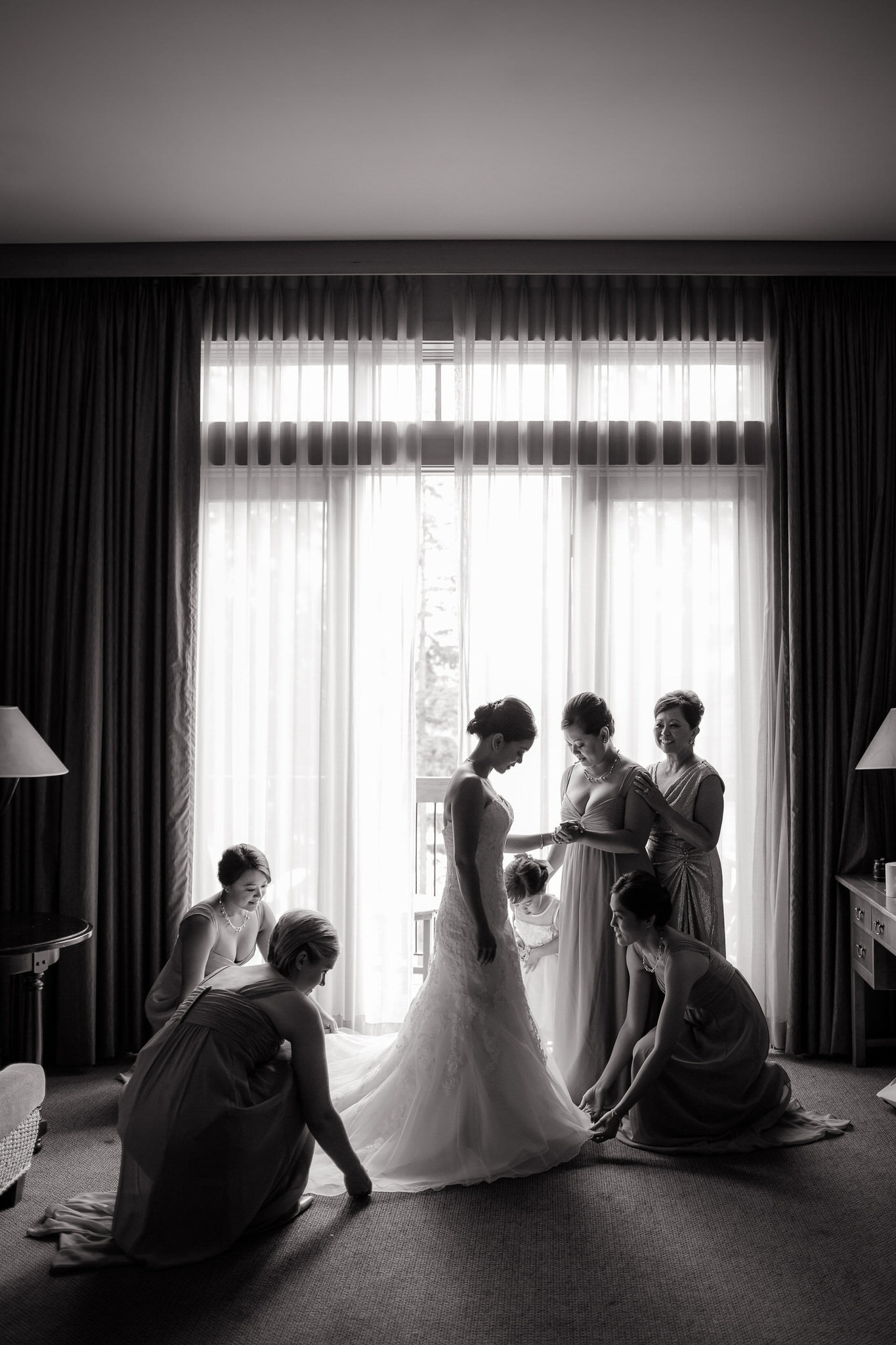 Chicago-Wedding-Photographer-Rebecca-Marie-Photography-Lakeshore-in-Love016