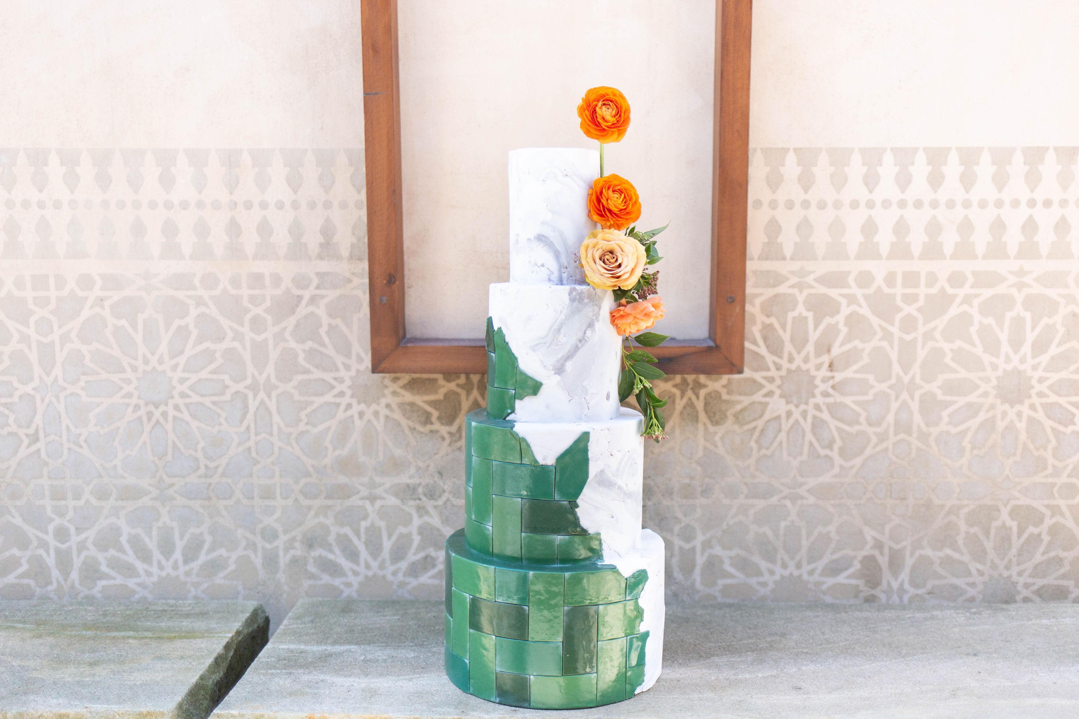 citris green wedding cake