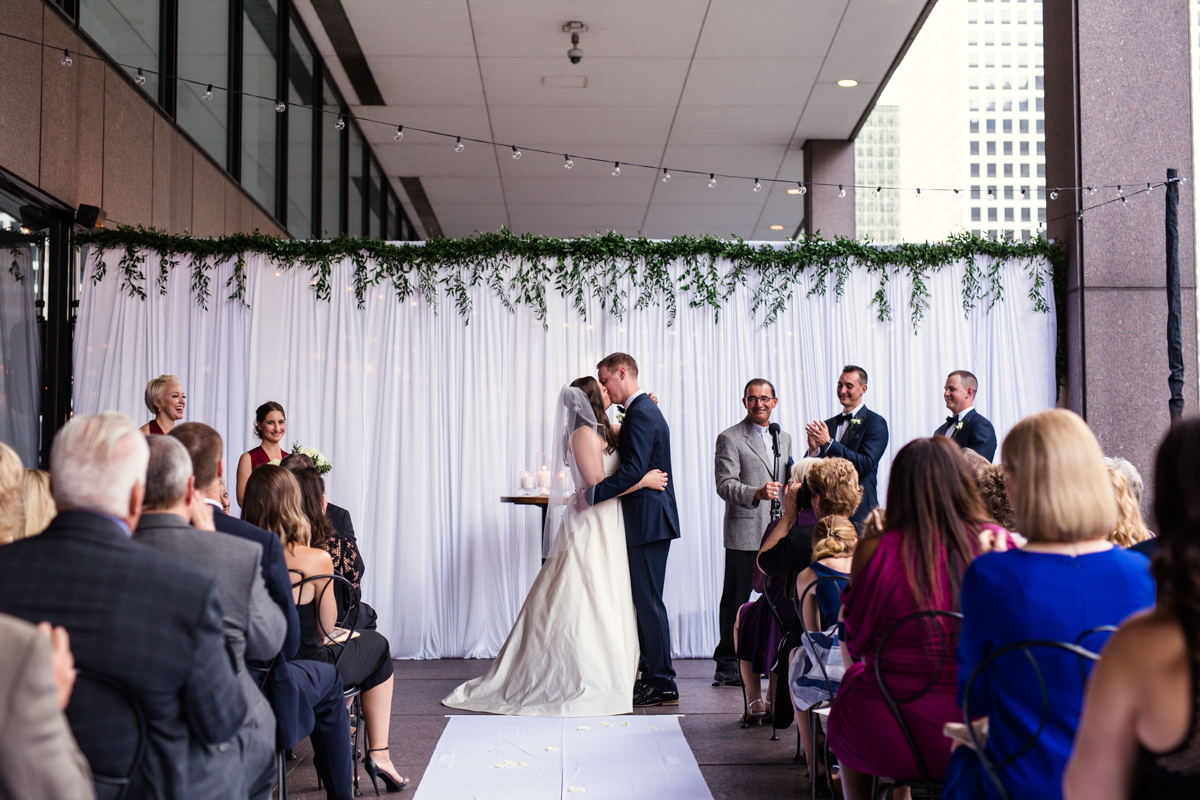 Downtown-Chicago-Wedding-by-Emma-Mullins-Photography42