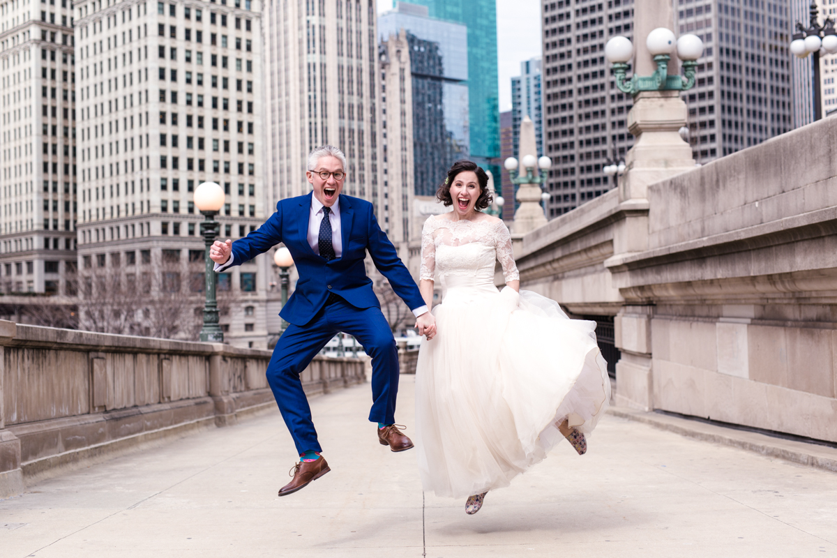 Downtown Chicago newlyweds