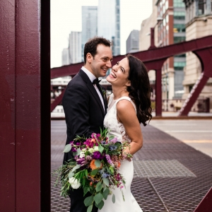 Firehouse-Chicago-wedding-by-Emma-Mullins-Photography-2