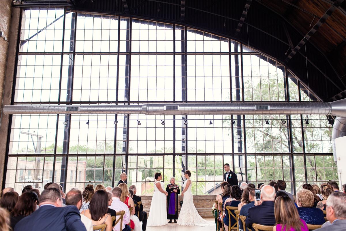 Ravenswood-Event-Center-wedding-by-Emma-Mullins-Photography-2