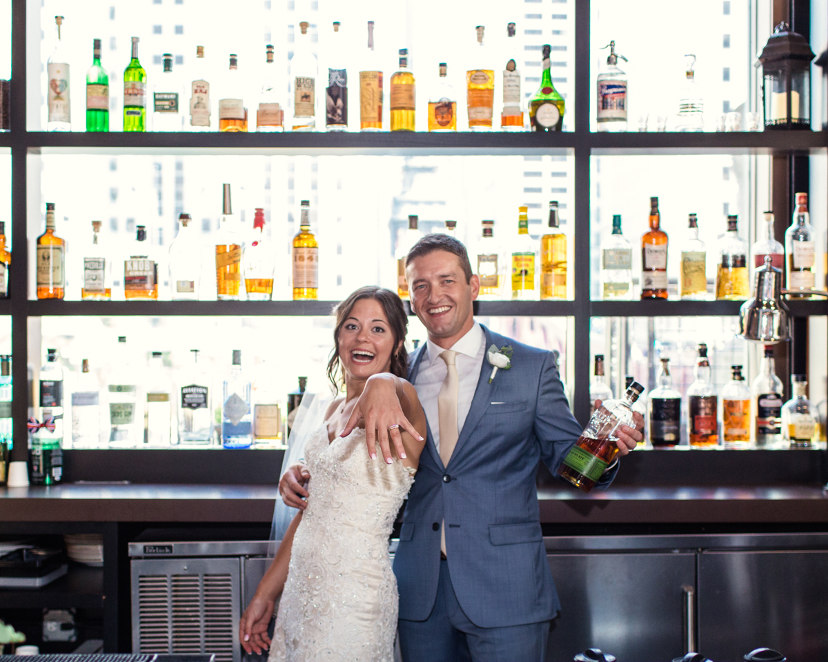 River-Roast-Chicago-wedding-by-Emma-Mullins-Photography-2