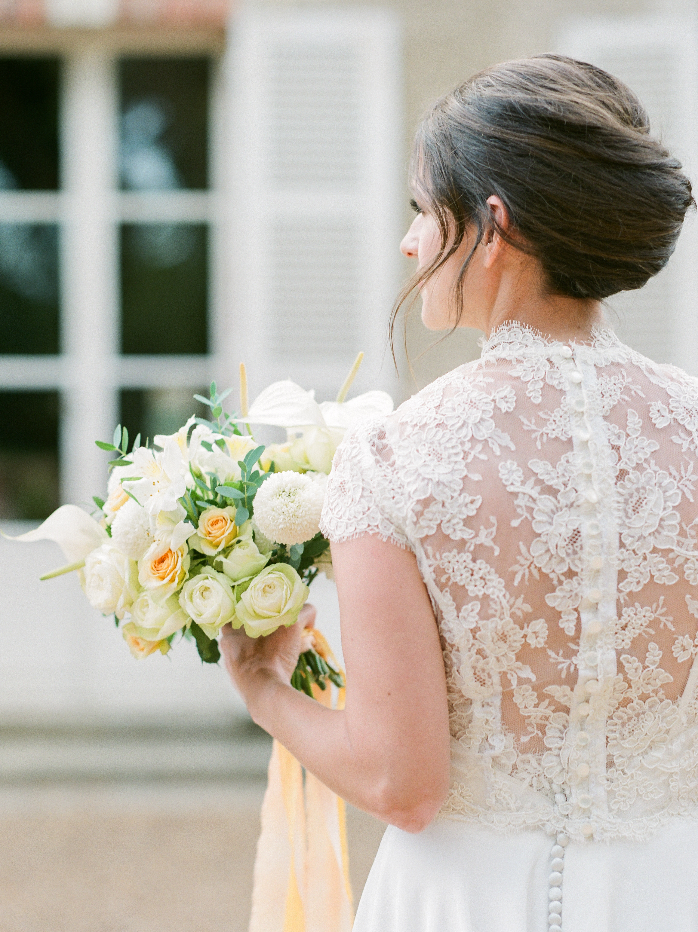 bride-short-sleeve-lace-dress-photo