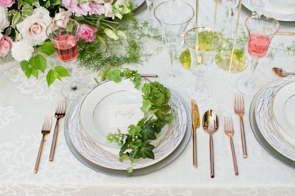 Chicago Botanic Garden Romantic Wedding Inspiration (23)