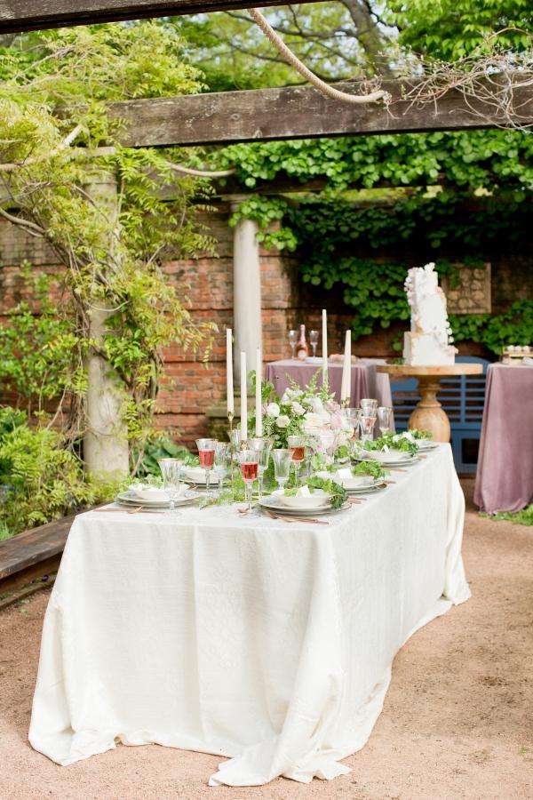 Chicago Botanic Garden Romantic Wedding Inspiration (26)