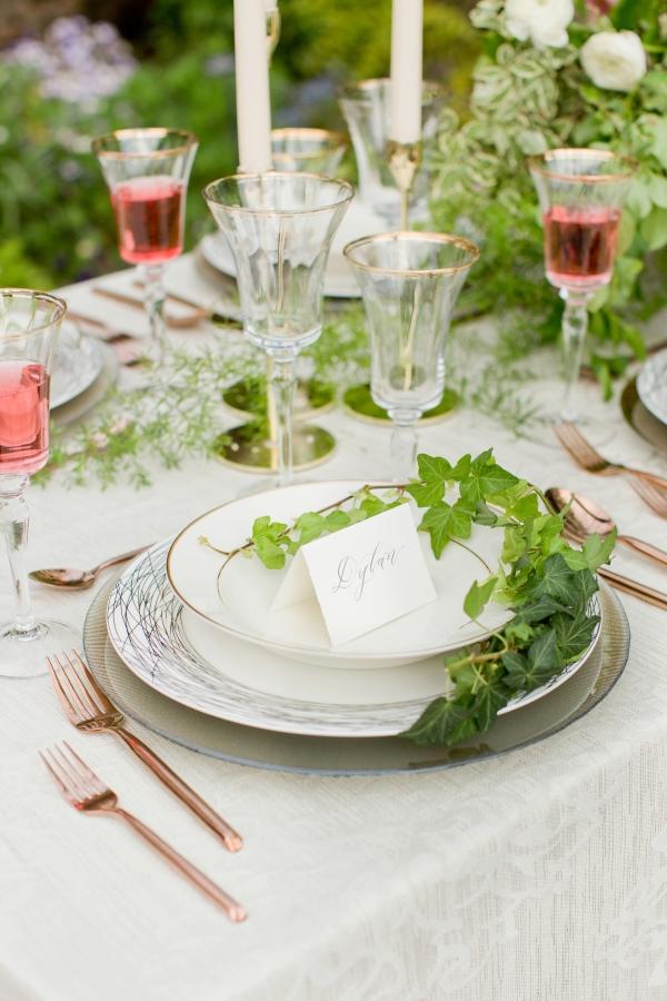 Chicago Botanic Garden Romantic Wedding Inspiration (27)