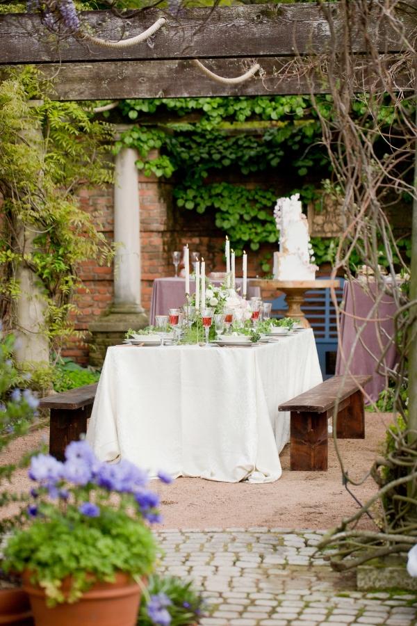 Chicago Botanic Garden Romantic Wedding Inspiration (33)