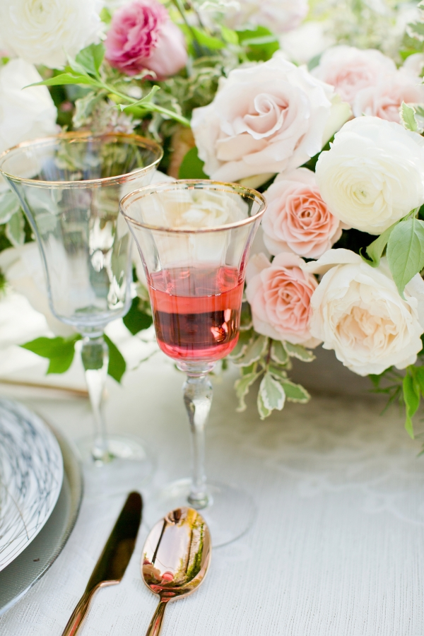Chicago Botanic Garden Romantic Wedding Inspiration (35)