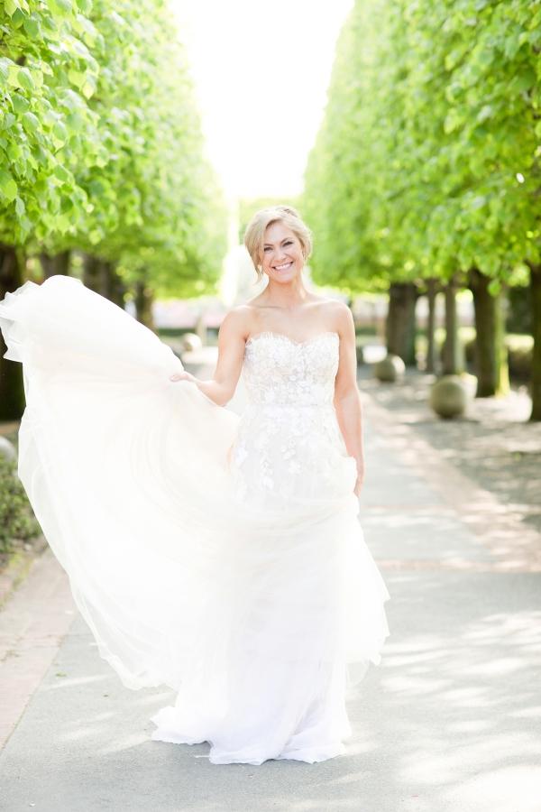 Chicago Botanic Garden Romantic Wedding Inspiration (50)