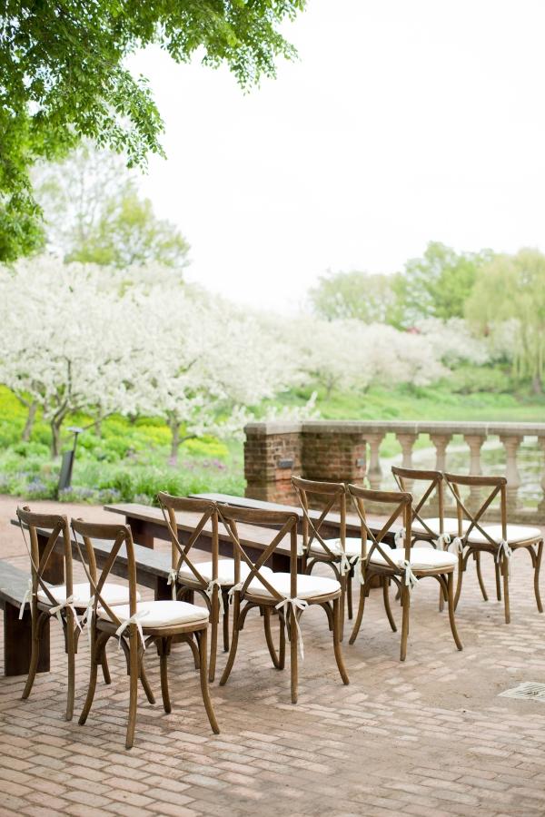 Chicago Botanic Garden Romantic Wedding Inspiration (9)