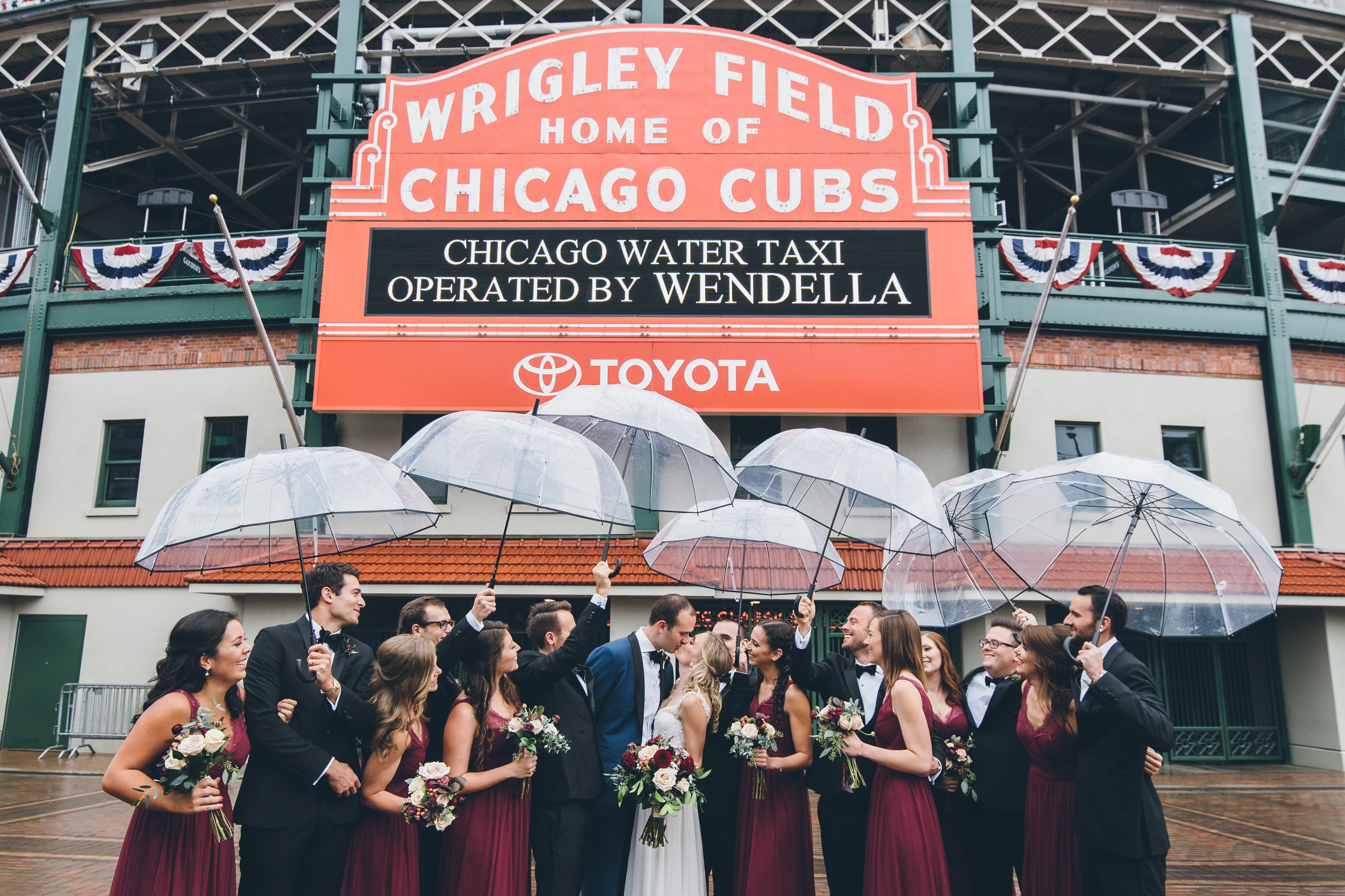 Rainy Day Chicago Wedding LondonHouse (19)