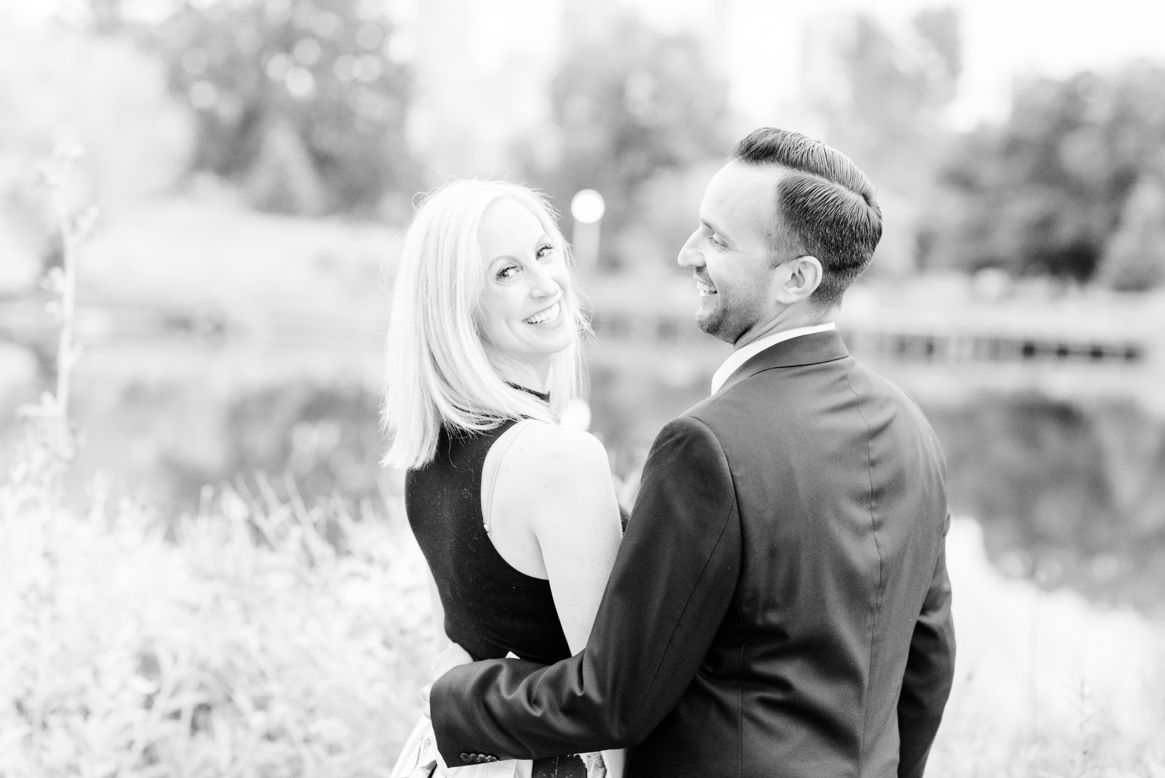 Lincoln Park Zoo South Pond Fall Engagement Session