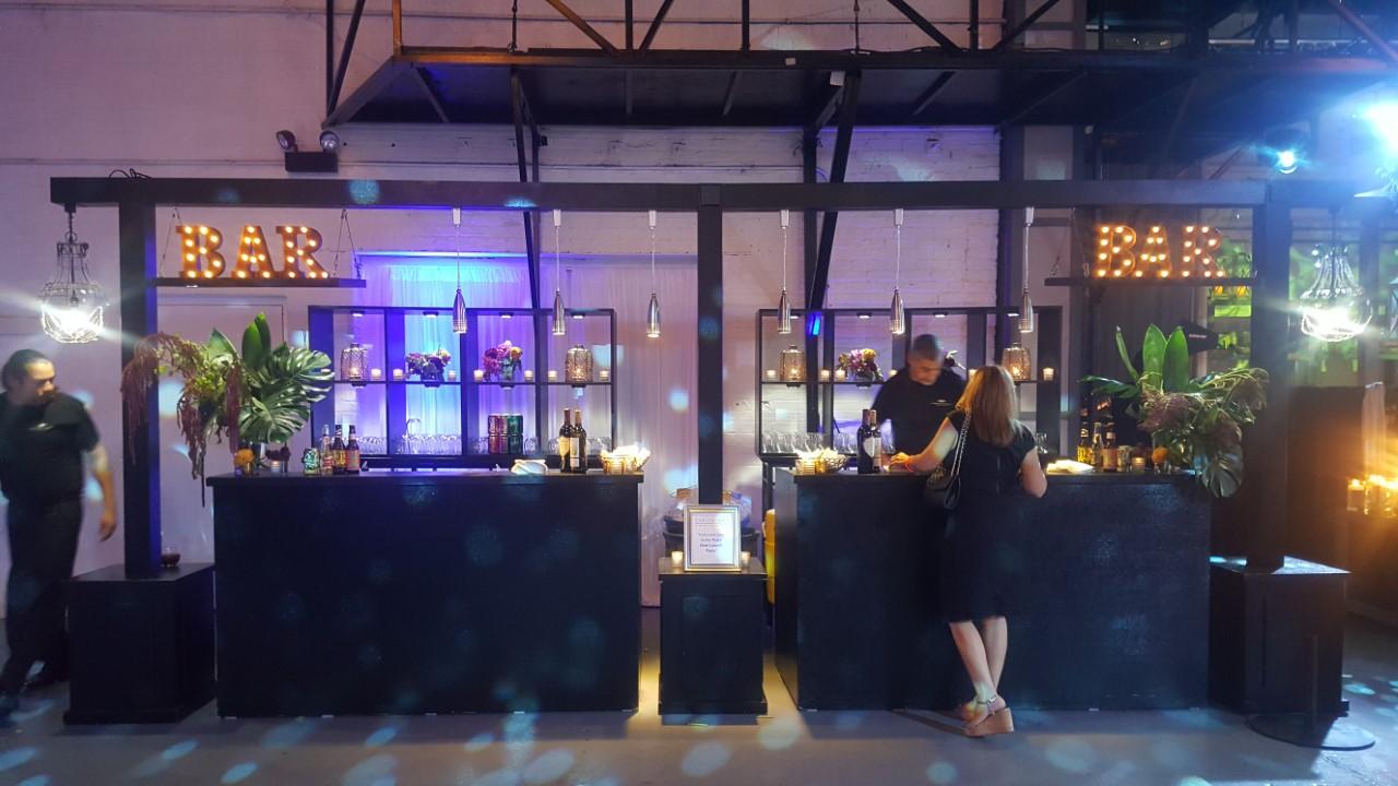 Basic Black Bars with Black Lightbridges and Black Cube Back Bars