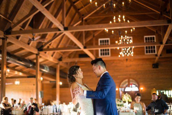 04-rachael_schirano_photography_wedding-vanessa.jeff-367