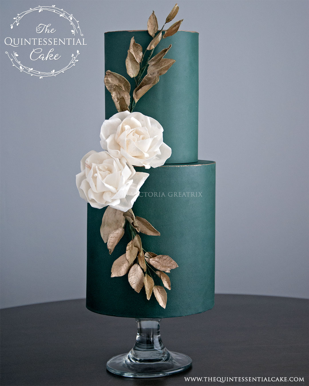 Green-Cake-with-Sola-Flowers