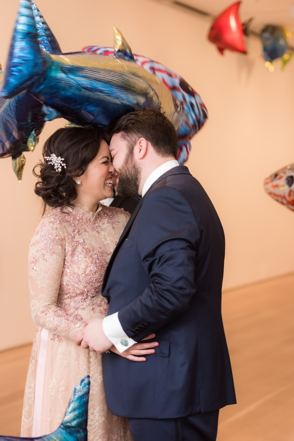 Art Institute of Chicago Wedding Gold Grid Studios (23)