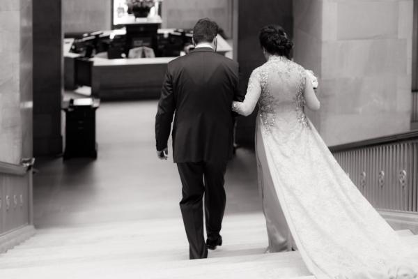 Art Institute of Chicago Wedding Gold Grid Studios (34)
