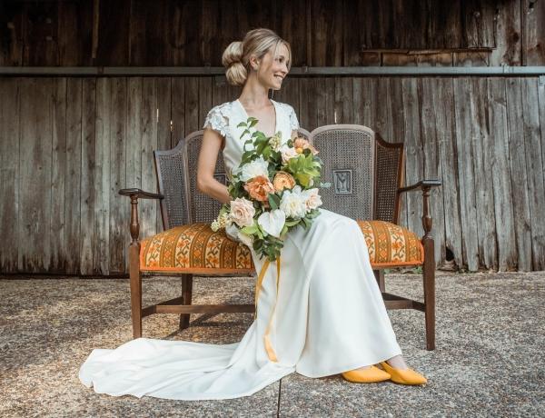 Glass & Grain Photography_1960s Wedding Inspiration_0011