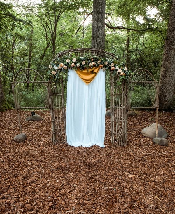 Glass & Grain Photography_1960s Wedding Inspiration_0045