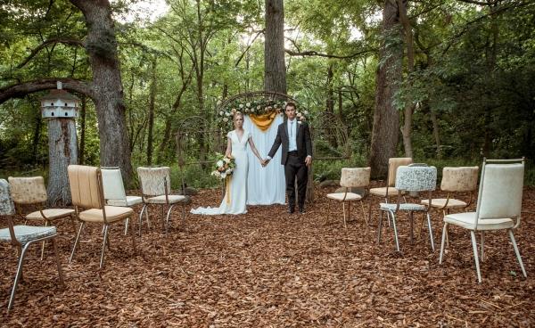 Glass & Grain Photography_1960s Wedding Inspiration_0049