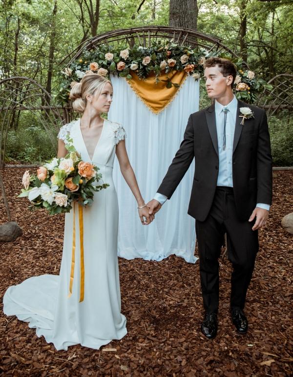 Glass & Grain Photography_1960s Wedding Inspiration_0054