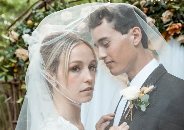 Glass & Grain Photography_1960s Wedding Inspiration_0063