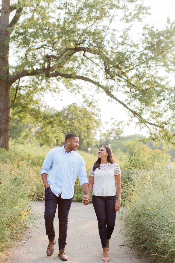 Lincoln Park Engagement Session Photography by Lauryn (11)