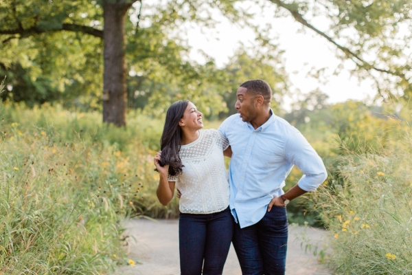 Lincoln Park Engagement Session Photography by Lauryn (12)