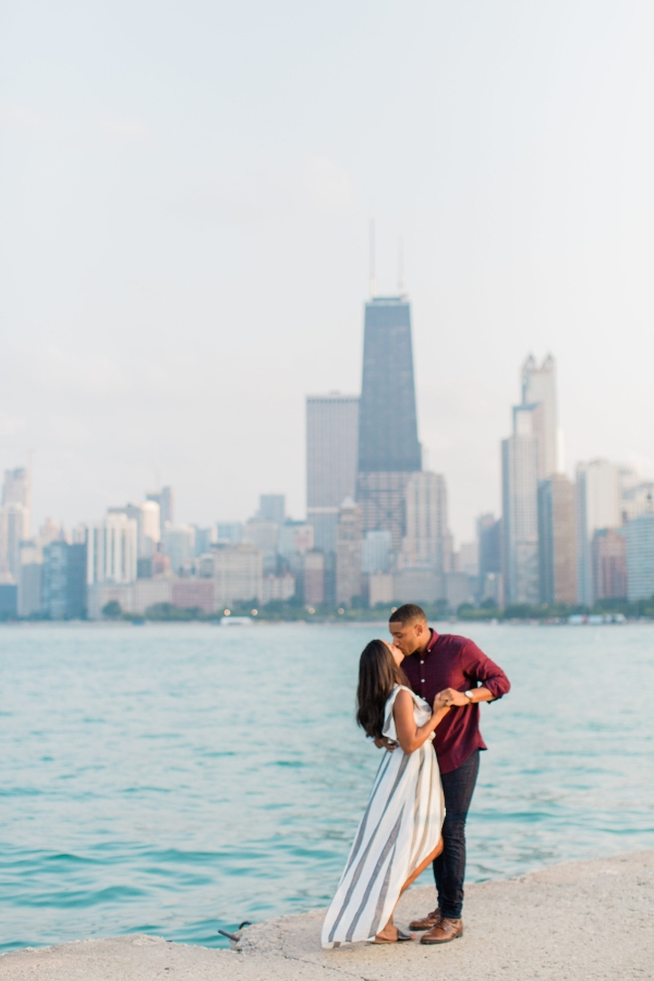 Lincoln Park Engagement Session Photography by Lauryn (19)