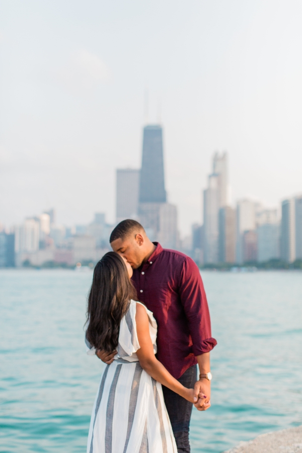 Lincoln Park Engagement Session Photography by Lauryn (20)