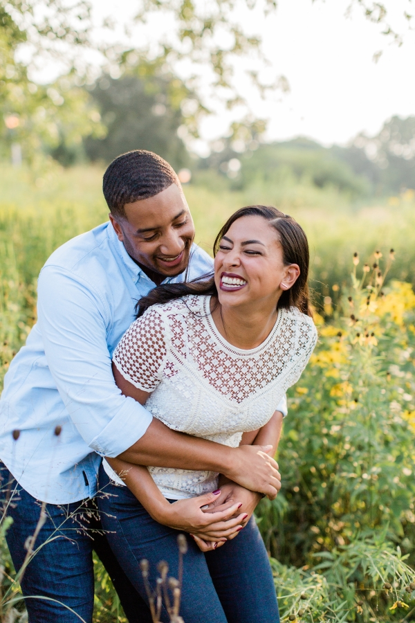Lincoln Park Engagement Session Photography by Lauryn (9)