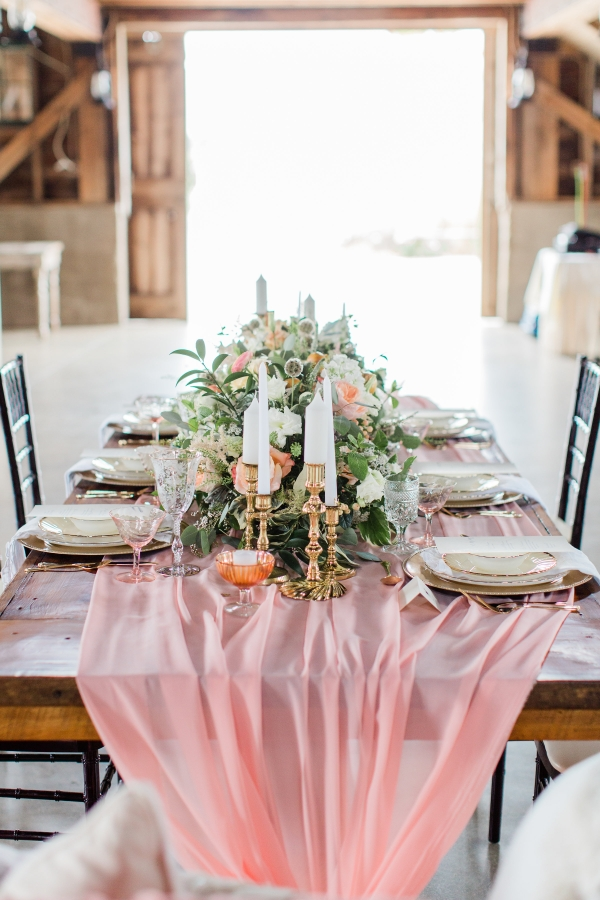 Romantic Pink and Gold Wedding Table Chicago Wedding (11)