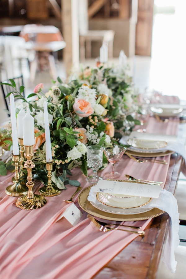 Romantic Pink and Gold Wedding Table Chicago Wedding (13)