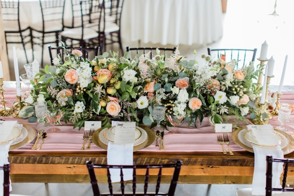 Romantic Pink and Gold Wedding Table Chicago Wedding (15)