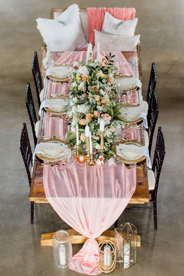 Romantic Pink and Gold Wedding Table Chicago Wedding (17)