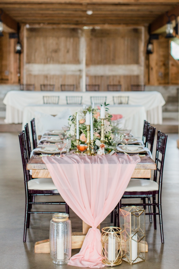 Romantic Pink and Gold Wedding Table Chicago Wedding (20)