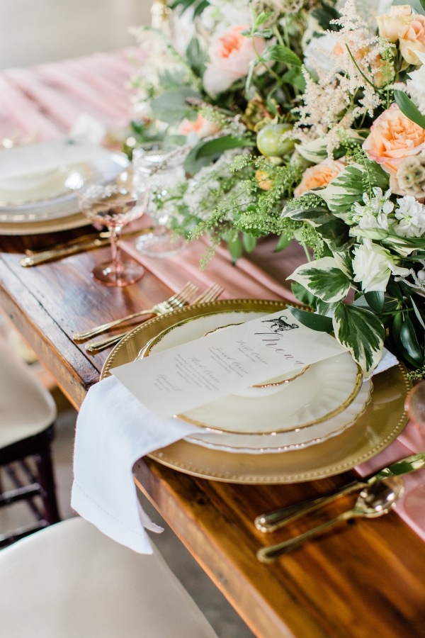 Romantic Pink and Gold Wedding Table Chicago Wedding (3)