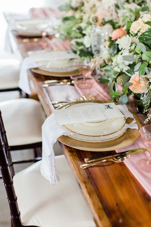 Romantic Pink and Gold Wedding Table Chicago Wedding (4)