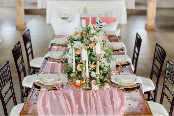 Romantic Pink and Gold Wedding Table Chicago Wedding (6)