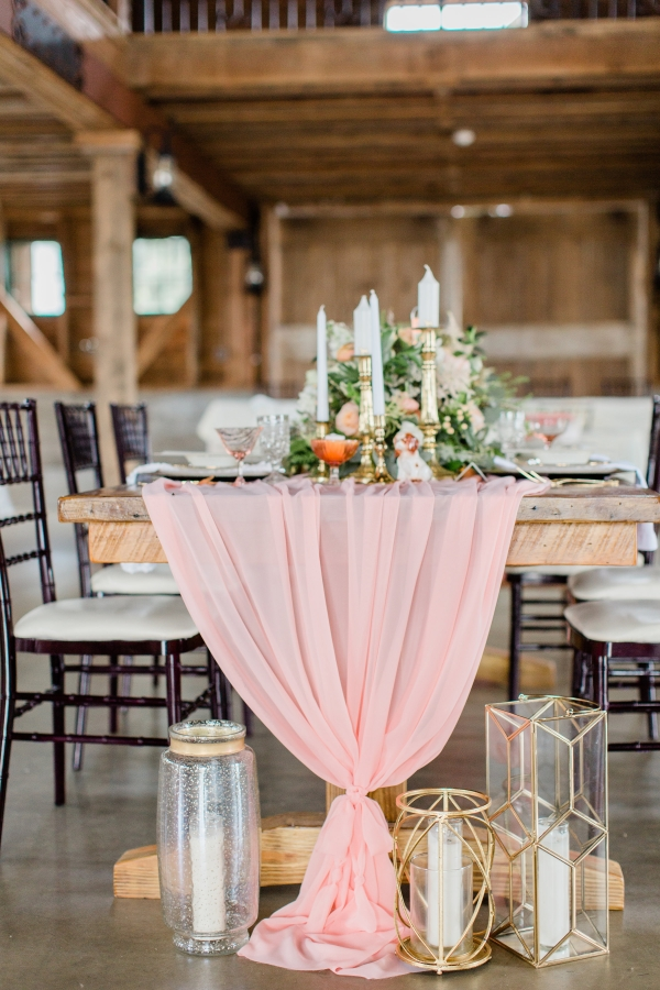 Romantic Pink and Gold Wedding Table Chicago Wedding (7)