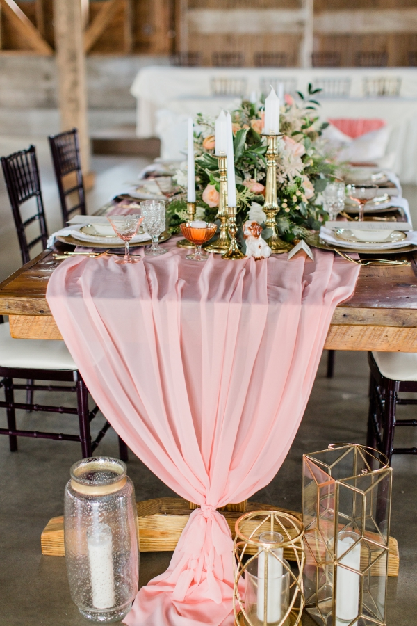 Romantic Pink and Gold Wedding Table Chicago Wedding (8)