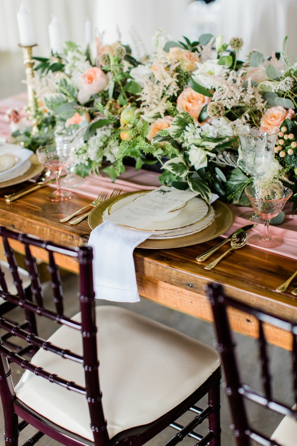 Romantic Pink and Gold Wedding Table Chicago Wedding (9)