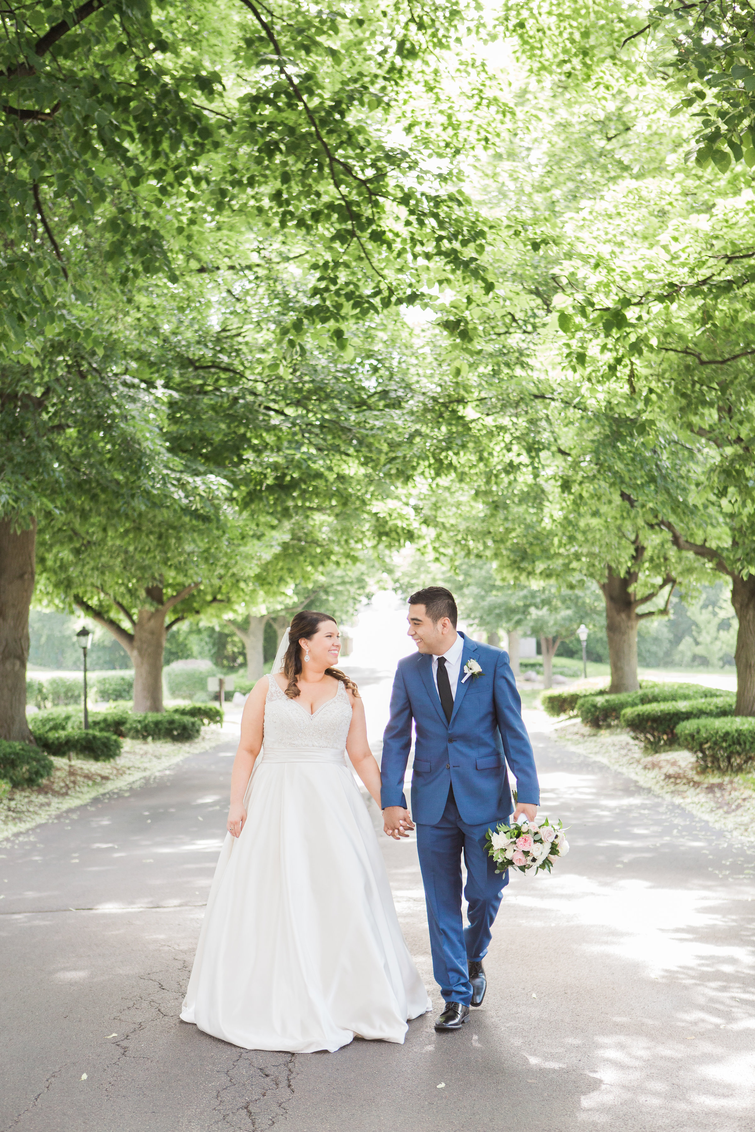 Tips for Posing for Wedding Photos Photography by Lauryn (3)