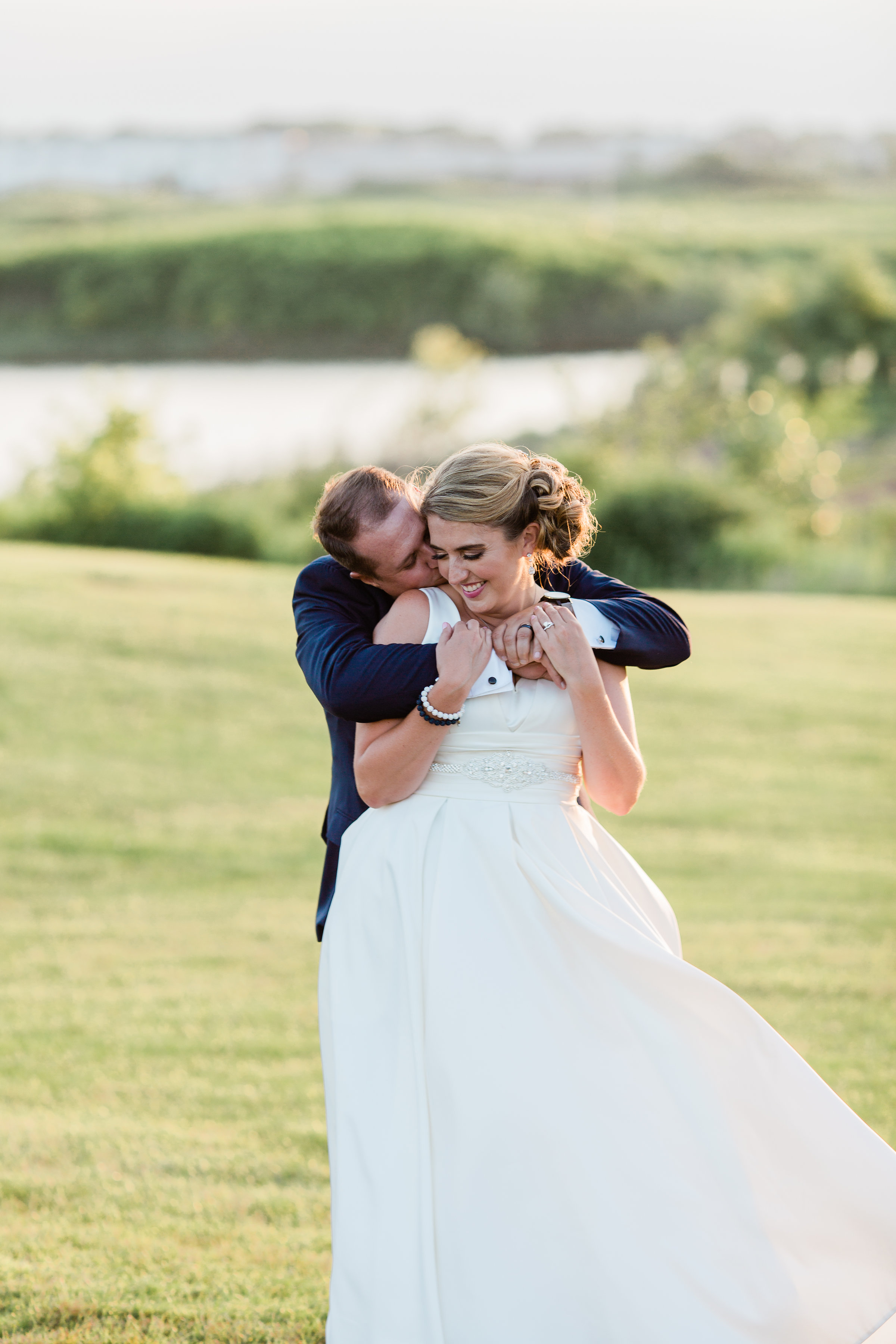 Tips for Posing for Wedding Photos Photography by Lauryn (6)