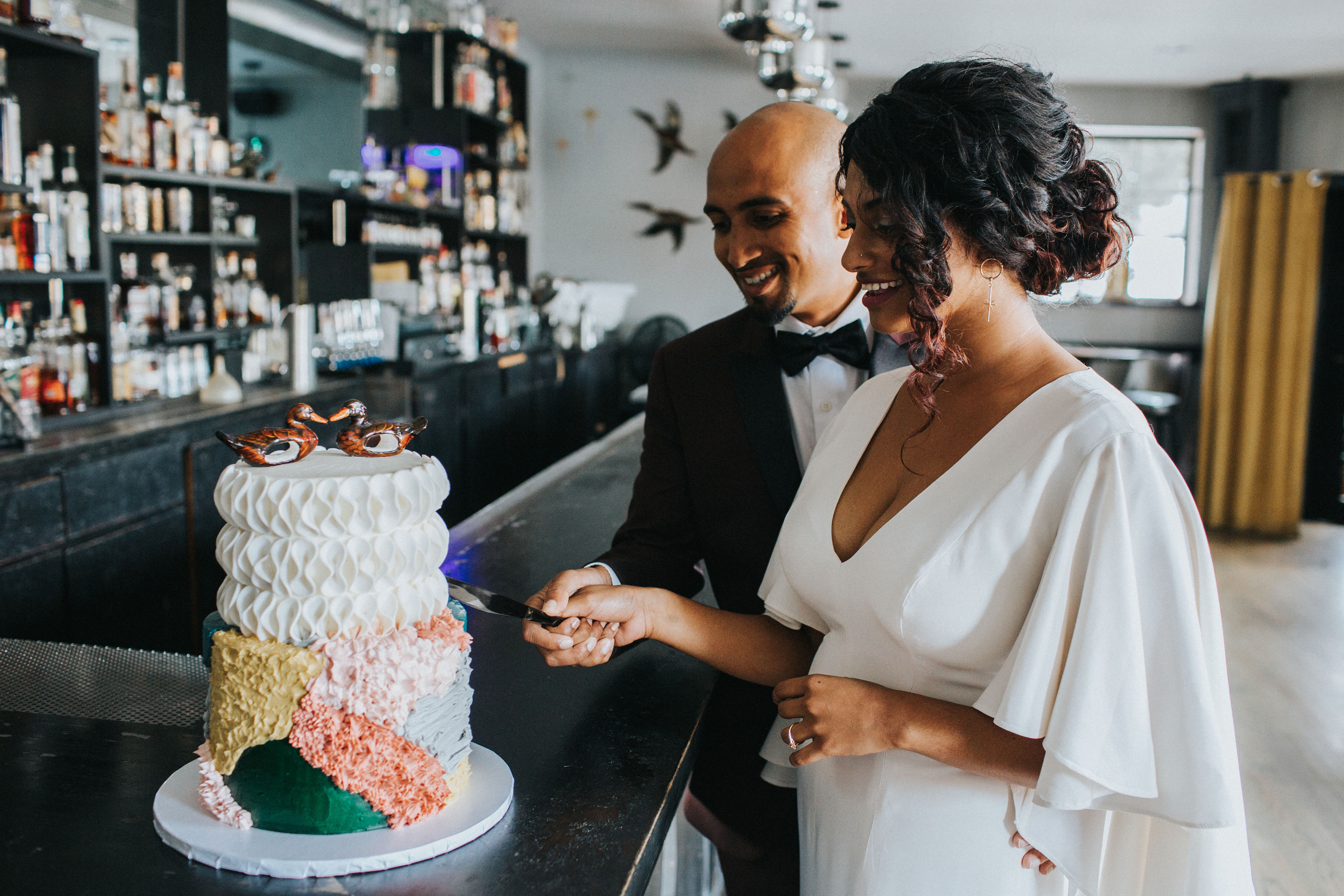 Warm Colorful Retro Mod Chicago Wedding Inspiration at The Duck Inn (26)